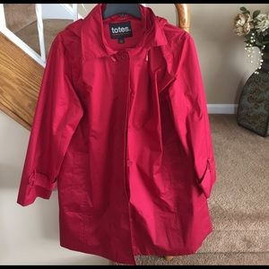 totes Jackets & Blazers - Totes red rain jacket with hood, 2 side pockets