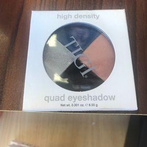 TIGI Other - TIGI Last call quad eyeshadow