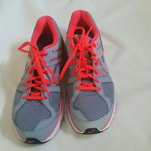 Nike womens fltwire ANODYNEDS. LIKE NEW 10M