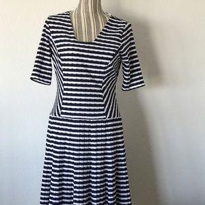 Anne Klein Dresses & Skirts - NWOT Anne Klein striped dress