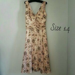 Dress Barn Dresses & Skirts - Spring Floral Lined Dress, Sz 14 - It Twirls!