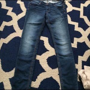 H&M Denim - H&M Super Skinny Super Low 33/32 Jeans