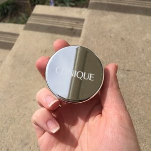 Clinique Other - Clinique blended face powder