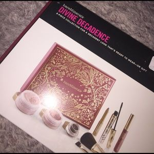 bareMinerals Other - NIB Bare Minerals 8-piece collection