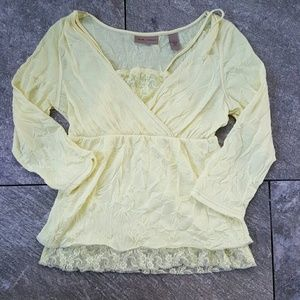 i.e. relaxed  Tops - Yellow Top