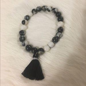 Jewelry - Handmade beaded bracelet