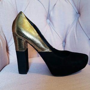 Belle by Sigerson Morrison Shoes - NWOT Sigerson Morrison gold black platform heels