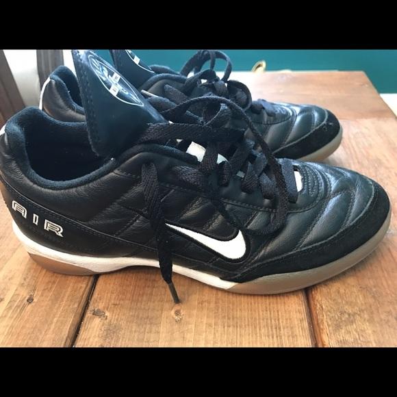 178af9b01 Nike Tiempo Pro Indoor Soccer Shoes. M 58cb04f956b2d6f299018802