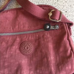 Kipling Handbags - Kipling bag with lots of storage.