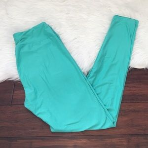 LuLaRoe Pants - LuLaRoe OS Bright Mint Green Super Soft Leggings