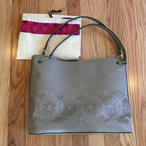 4876f097c4ac M 58cb09488f0fc4a9be041f63. Other Bags you may like. Tory Burch Robinson Leather  tote. Tory Burch Robinson Leather tote