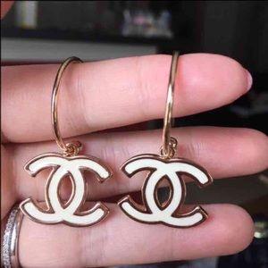 Two side Hoop earring