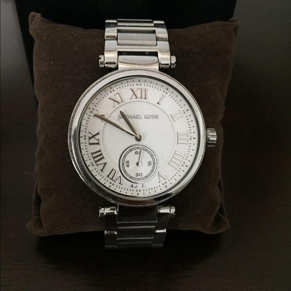0239c27b53b5 Michael Kors Skylar Watch MK5866. M 58cb14e6bf6df5541c0009ad