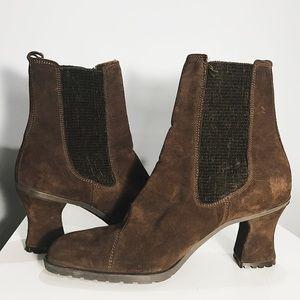Aquatalia Shoes - AQUATALIA BROWN SUEDE BOOTIE NWB 8