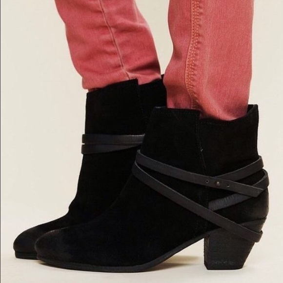 cheap 100% authentic best seller online Ash Nikita Suede Ankle Boots outlet discount authentic discount big sale WzMcvYP