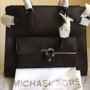 9a495b01e40416 Michael Kors Bags - ⭐️Sale⭐️Michael Kors Emma Tote Purse