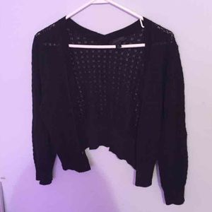 Sweaters - Black cropped cardigan