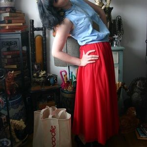 Dresses & Skirts - Vintage red multi layer maxi skirt