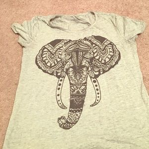 Tops - Elephant tee shirt
