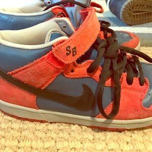 Nike Other - Nike SB mid dunks