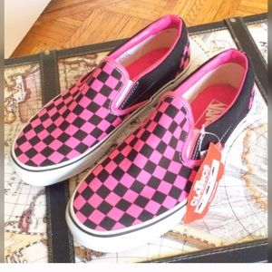 Vans Shoes - BACK IN Nwt Vans off the wall checker sneakers