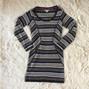 Element Dresses & Skirts - Element Striped Sweater Dress size M
