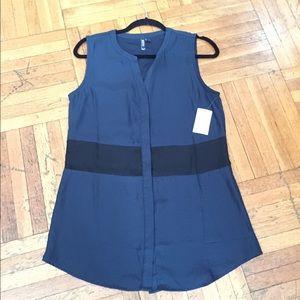 valette Tops - ✨✨SALE✨✨Valerte blue and black top