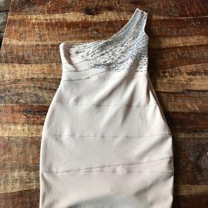 Lipsy London Dresses & Skirts - Lipsy London BodyCon Dress