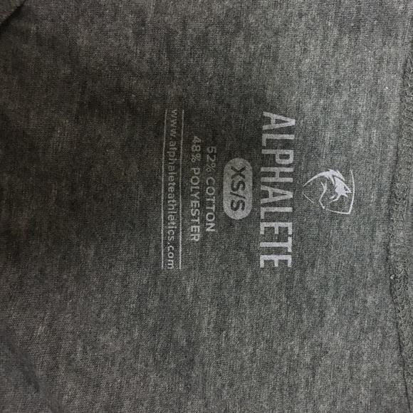 alphalete Tops - Alphalete gray crop