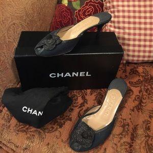 Chanel black slips-on