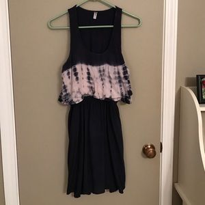 Dresses & Skirts - Summer tie-dyed dress!