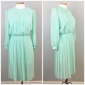 Carole Little Dresses & Skirts - Vintage Mint Prairie Pleated Long Sleeve Dress