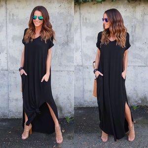 GlamVault Dresses & Skirts - LAST❣️BLACK V-Neck Side Slit Maxi Dress