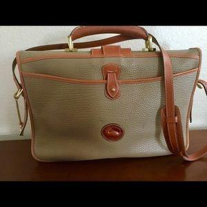 Dooney & Bourke Handbags - Authentic Dooney and Boutke Briefcase.💼