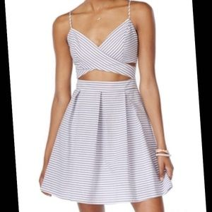 City Triangles Dresses & Skirts - 🎀Flash Sale🎀 Striped Cut Out Spring Dress