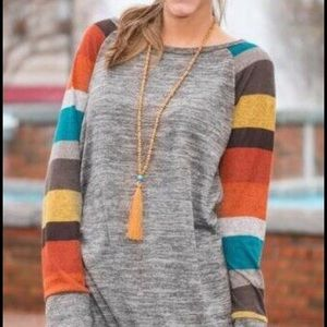 Sweaters - Long  light sweater shirt