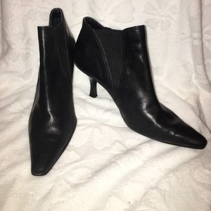Anne Klein Shoes - Black pointy bootie