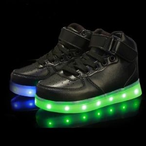 Led kids high top black color and sizes are availa