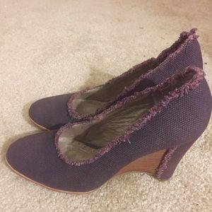 Donald J. Pliner Shoes - SUPER CHEAP! DONALD PLINER BRAND LIKE NEW WEDGES