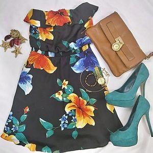 White House Black Market Dresses & Skirts - White House Black Market Floral Topless Dress