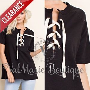 📍CLEARANCE 📍BLACK LACE UP TIE FRONT TOP