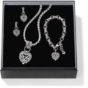 Brighton Jewelry - Brighton Bibi Heart Set with pouch! Amazing deal!