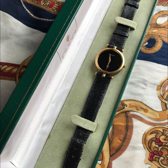 1e69a618a521 Gucci Accessories - Vintage Gucci Stack watch