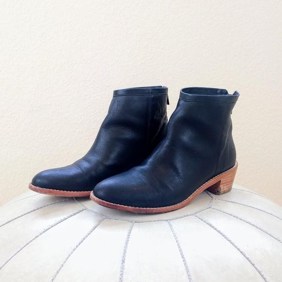 2a3fec4f2c3 LOEFFLER RANDALL Felix black ankle boots Sz 6.5
