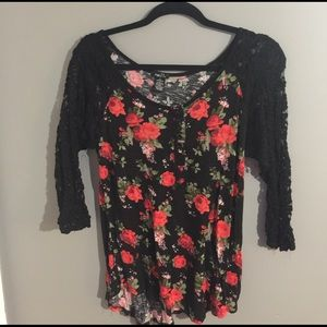 Rose Printed with Laced Sleeves Shirt