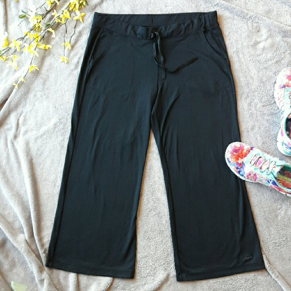 Patagonia Pants Jumpsuits Wide Leg Black Capri Yoga Pants Poshmark