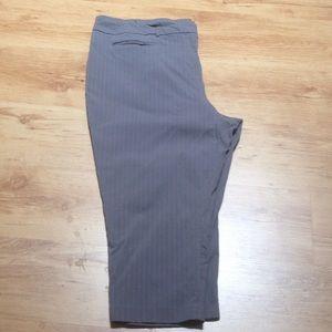 Gray striped crop/capris pants