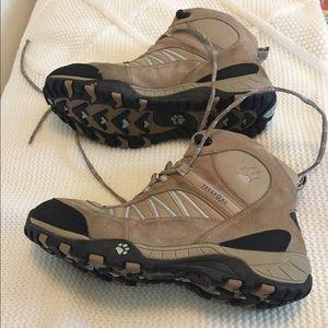 Jack Wolfskin Shoes - Hiking Boots