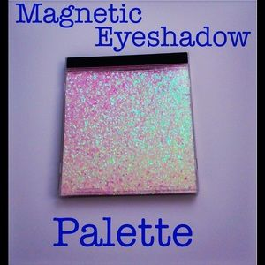 Shimmer Magnetic Eyeshadow Palette