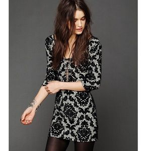 Free People Dresses & Skirts - Free People Blk Rose Fair Maiden Body Dress S